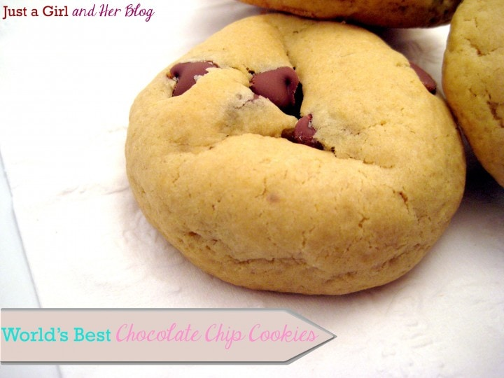 World's Best Chocolate Chip Cookies {Valentine's Edition}