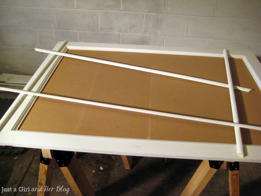 Frame with Shoe Molding