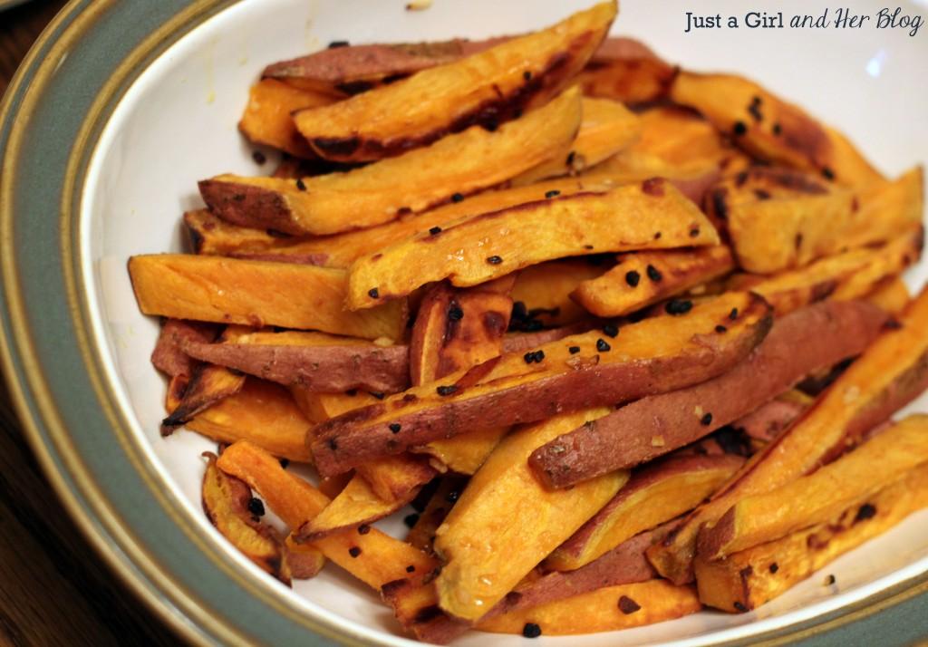 Crock-Pot Spicy Chicken & Sweet Potato Fries