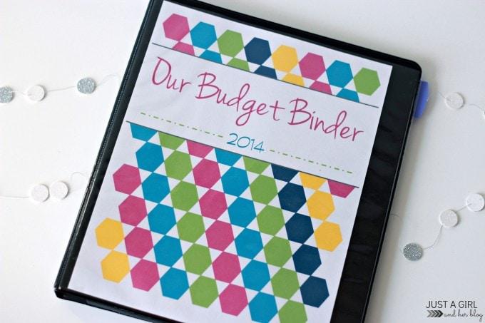 Budget Binder at JustAGirlAndHerBlog.com