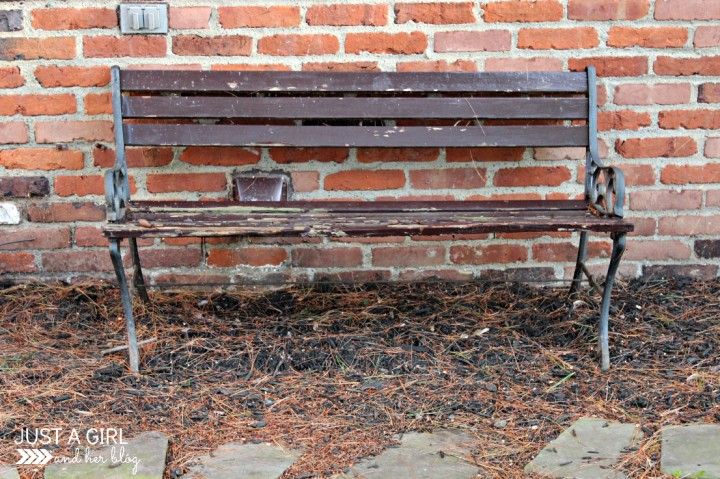 Shabby-to-Chic Outdoor Bench by Just a Girl and Her Blog
