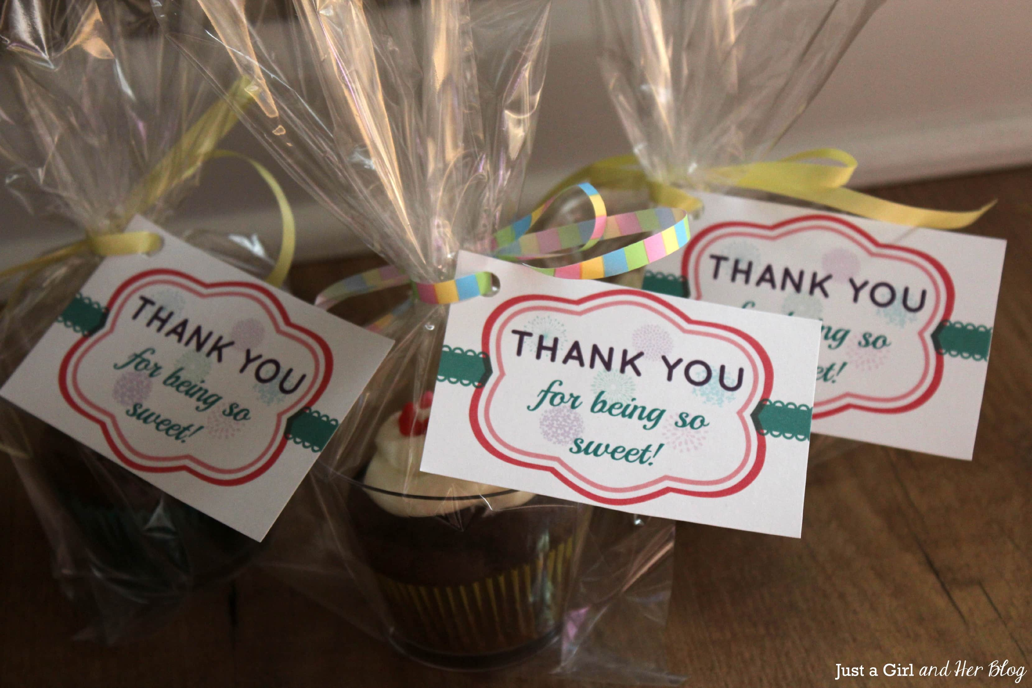a sweet and simple thank you gift with free printable