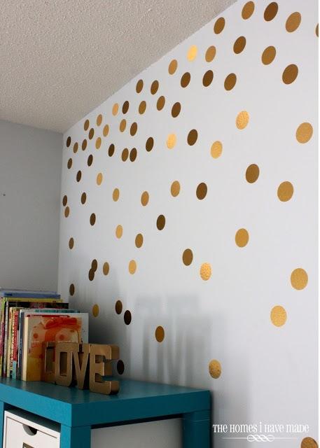 Crushing On: Gold Polka Dots