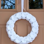 I'm Dreaming of a White… Felt Flower Christmas Wreath!