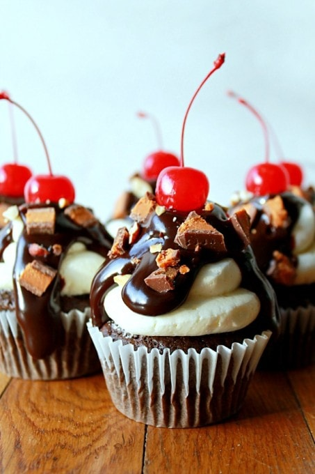 Life with the Crust Cut Off Butterfinger Cup Sundae Cupcakes