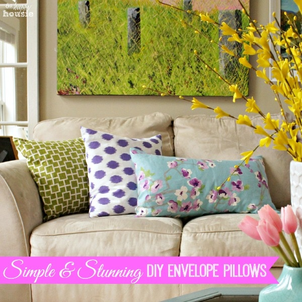 Simple DIY Envelope Pillows at The Happy Housie