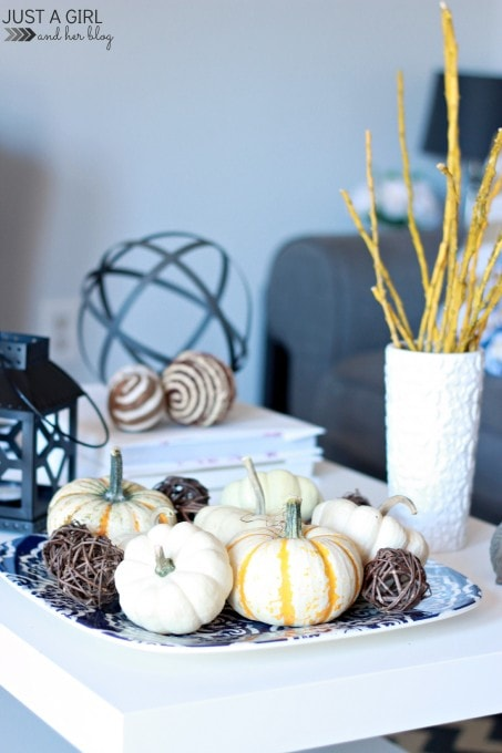 A Fall Home Tour | JustAGirlAndHerBlog.com