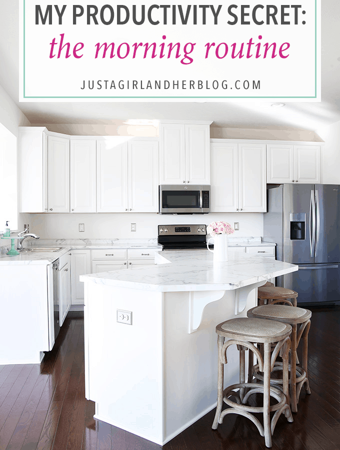 Love the idea of setting a morning routine to increase productivity! I need to try this-- I think it would make me more organized, and I would get things done a lot faster! Click through to the post to get all of her tips!