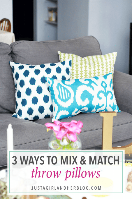 If you're not sure how to mix and match throw pillows, this post breaks it down into an easy formula! Click through to the post to see how!