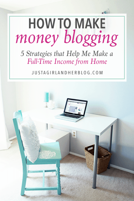 If you've ever wondered how to make money blogging, this blogger talks about the strategies she uses to make a full time income from home! Click through to the post to see how!