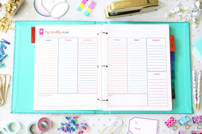 Love these pretty free printables to help organize the week with time blocking! They've really helped me reach my goals and be more productive! Organize Your Week with Free Printables, time blocking, goal setting, time management, #freeprintables #printables #productivity #productive #timeblocking #goalsetting #planning #planner #plannergirl #plannernerd #organizeyourweek #getorganized #timemanagement #planningprintables