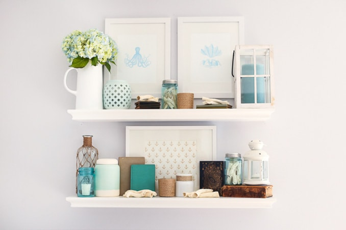 Coastal summer shelf decor just a girl and her blog for Decoration shelf