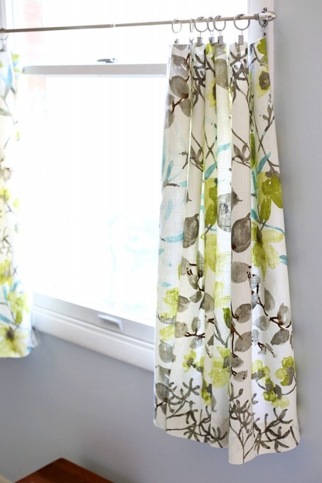 Super Simple DIY Cafe Curtains | JustAGirlAndHerBlog.com