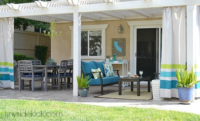 An Outdoor Living Room | TinySidekick