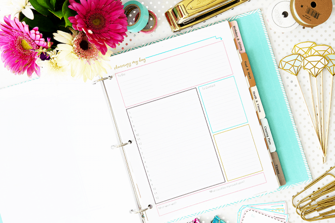 I love this time blocking technique she uses for planning her day and being more productive! I could get so much done! And the free printable is really cute too! Click through to the post to snag it!