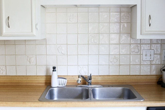 Choosing Kitchen Backsplash Tile | JustAGirlAndHerBlog.com