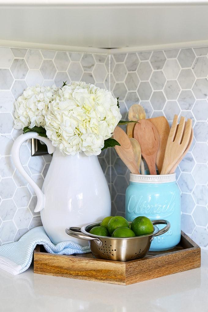 kitchen accessories hexagon tray carra marble backsplash On carrà ikea