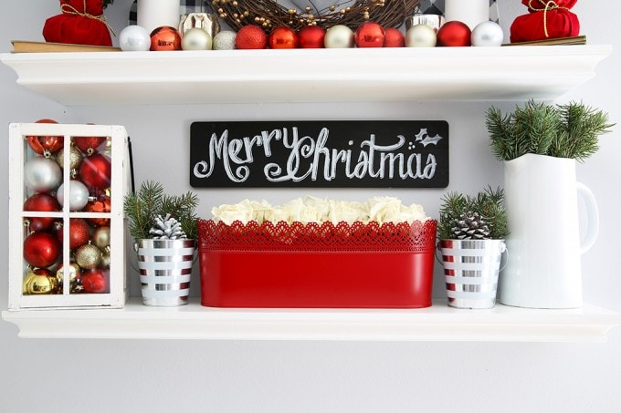not sure what to put on your floating shelves this christmas this post can help - Christmas Shelf Decorations