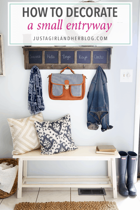 Love how she really made the most of decorating this small entryway! Click through to the post to get all of her tips and tricks!