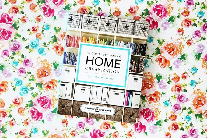 This organization book looks amazing! It has organizing tips and tricks for every room of the house plus awesome challenges to help you stay on track! Must check out The Complete Book of Home Organization!