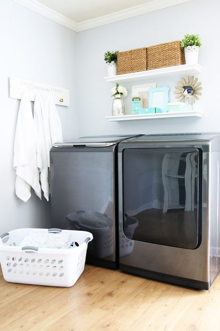 Love how she streamlined her laundry process to make it quicker and easier! Click through to the post to read more!