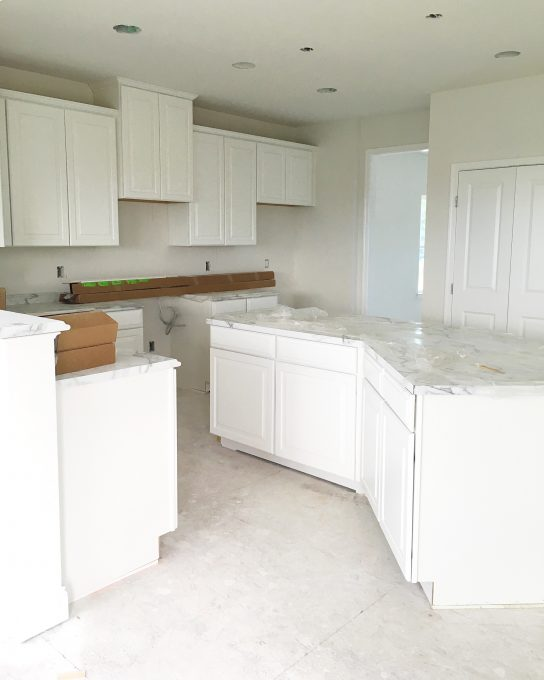 This blogger is building a new construction house with Ryan Homes and gives updates along the way. It's so neat to see all of the progress on a new home build! Pop over to the post to read more!