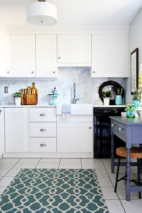 Beautifully renovated small kitchen in a townhouse. You really can have a gorgeous kitchen in a small space!