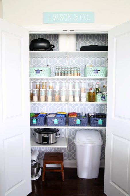 Love these ideas for making a kitchen pantry organized and beautiful! Click through to the post for all of the details!