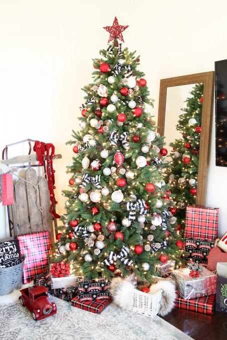 holidays and events popular christmas tree decor i love this beautiful classic christmas