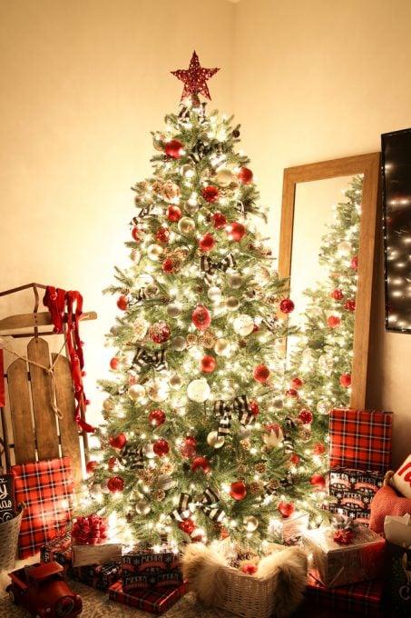 2016 Christmas Nights Tour