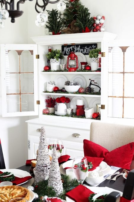 Christmas Home Decor.A Decked Styled Christmas Hutch Abby Lawson