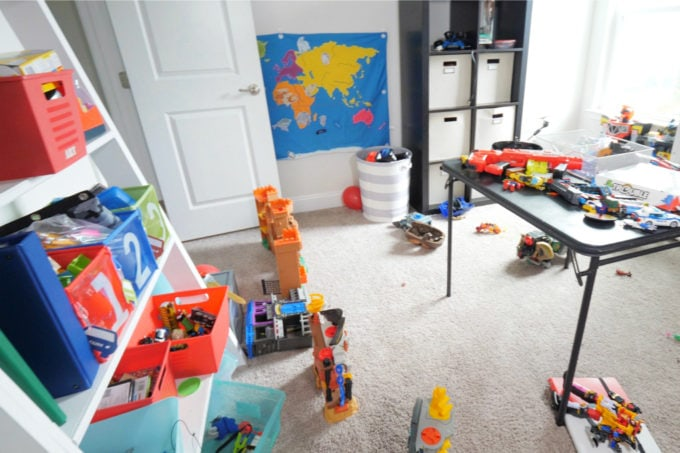 Home Organization- How to Declutter Kids' Toys and an Organized Playroom Tour, kids organization, playroom organization, organized playroom, organized toy room, toy room organization, decluttering toys, purging toys, purge, declutter, toy organization ideas, organizing with children, Messy Shelves