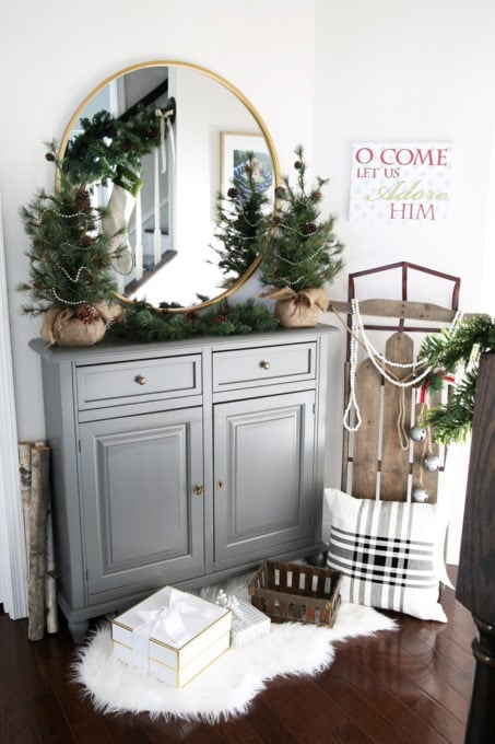 Home- Beautiful neutral Christmas home tour with silver, gold, gray, and white, Holiday Seasonal Simplicity Tour, neutral decor, farmhouse decor, cottage style, entry, Christmas entryway