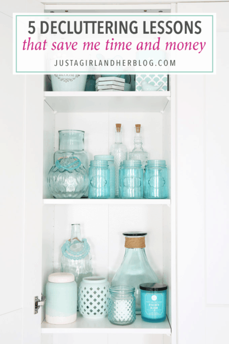 These 5 Decluttering Lessons That Save Time and Money are great reminders, whether you're going through your own house and decluttering or shopping for new items!   home organization, declutter, organize, get organized, office organization, decor organization, IKEA, IKEA PAX, aqua decor