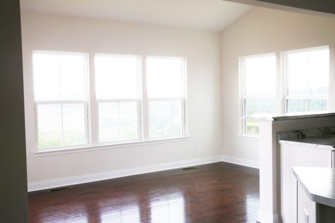 Empty Sunroom / Morning Room Space