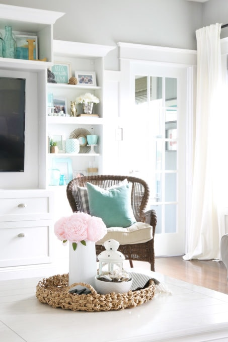 Cottage Living Room Decor, Summer Home Tour