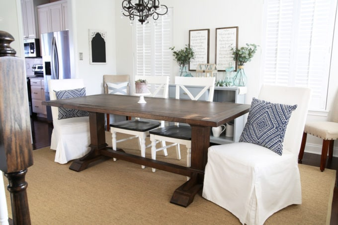 15+ Gorgeous Farmhouse Style Dining Tables | Abby Lawson
