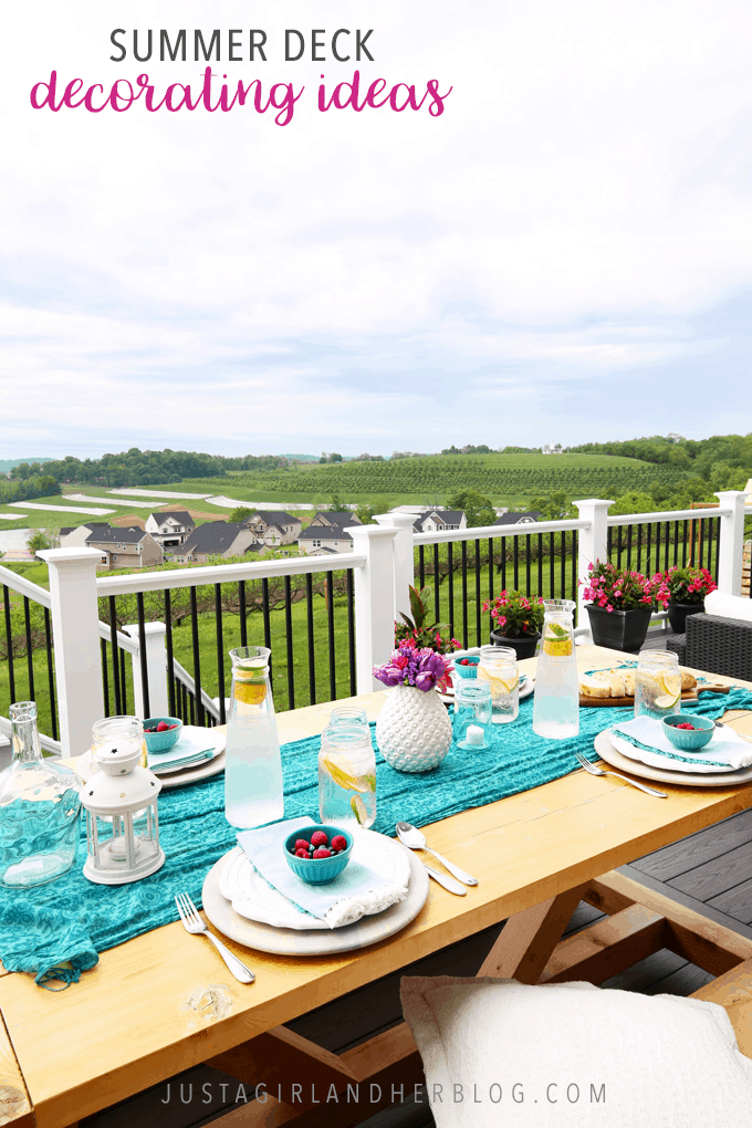 Get your outdoor spaces ready for entertaining guests with these helpful summer deck decorating ideas! | #deck #deckdecor #summerdeck #deckdecoratingideas #outdoordecorating #outdoordecor #summeroutdoordecor #exteriors