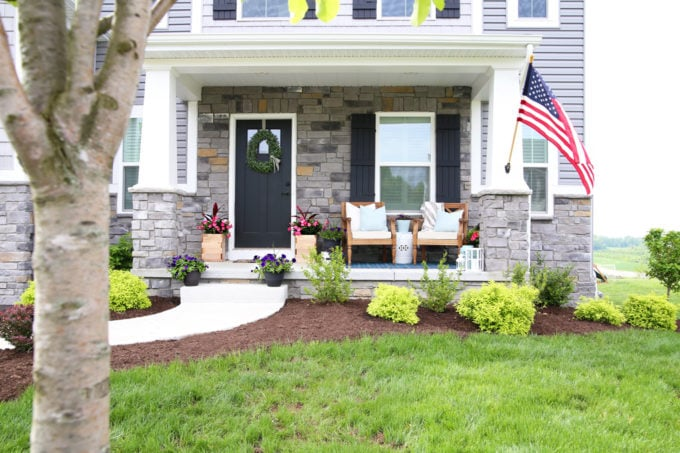 Craftsman Style Home, Summer Front Porch with Craftsman Columns