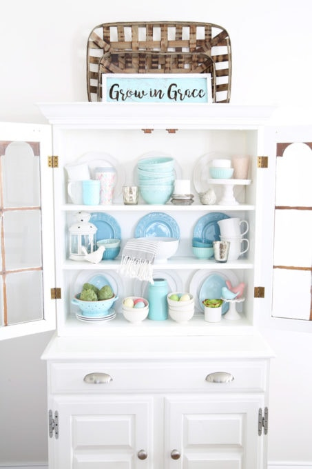 Painted Dining Room Hutch with Aqua Accessories