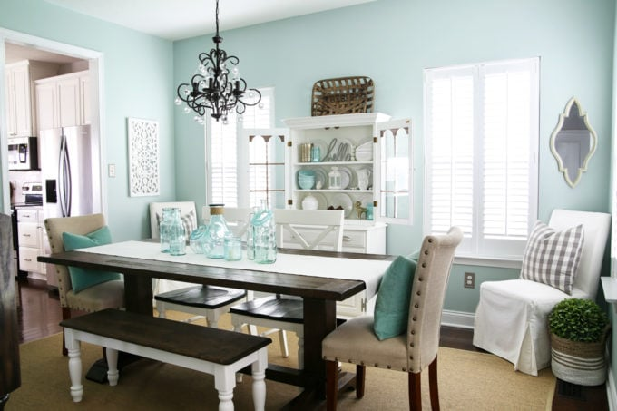 Coastal Dining Room painted with Sherwin Williams Rainwashed