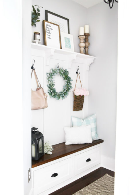 Decorated Mudroom, Farmhouse Style, Cottage Style