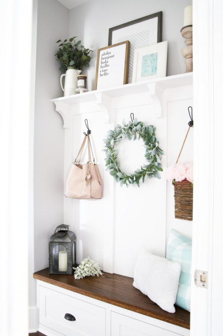 Farmhouse Style Mudroom with Built-In Bench and Shelf