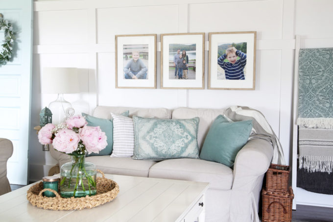 Living Room with Aqua Accents, High Board and Batten