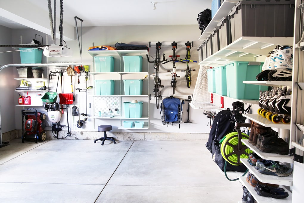 Clutter in Garage: Best 7 Organization Ideas for Your Garage