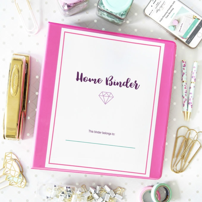 Deluxe Home Binder Printables | https://www.abbylawson.com/deluxe-home-binder-printables