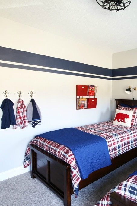 Kids' Bedroom with Hooks and Storage Pockets on the Wall