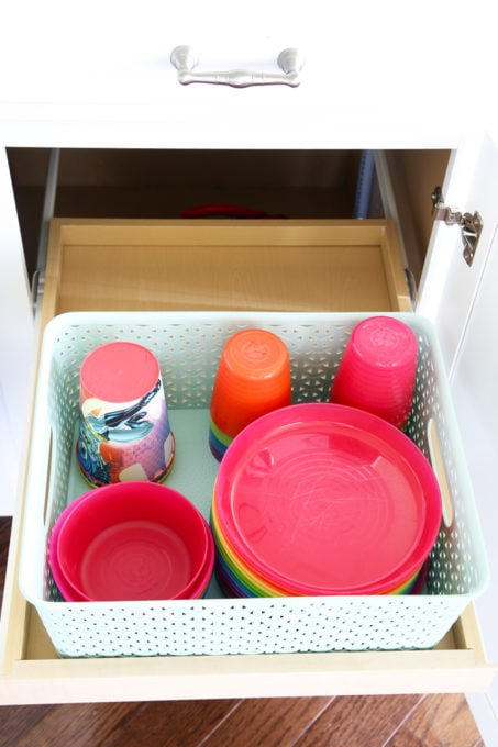 Organized Kids' Dishes