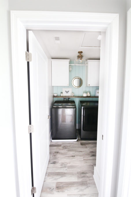 Small Laundry Room Organization and Decor