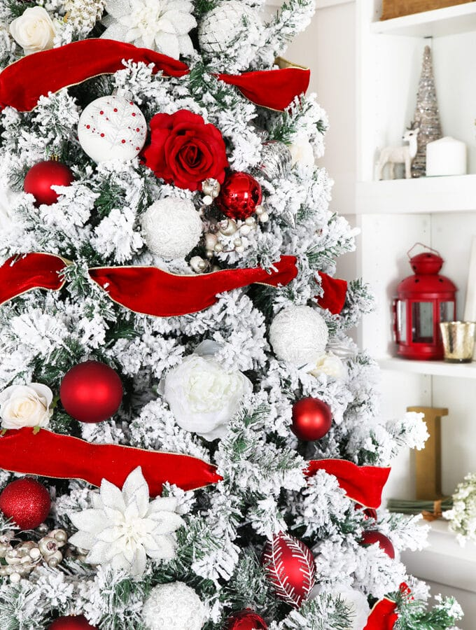 Red and White Classic Christmas Tree and Beautiful Shelf Decor